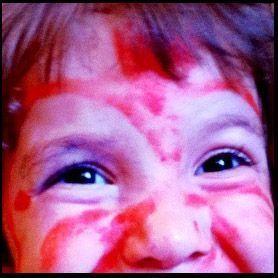 Maquillaje infantil por niñas.