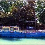 Barco en las orillas del Canal du midi
