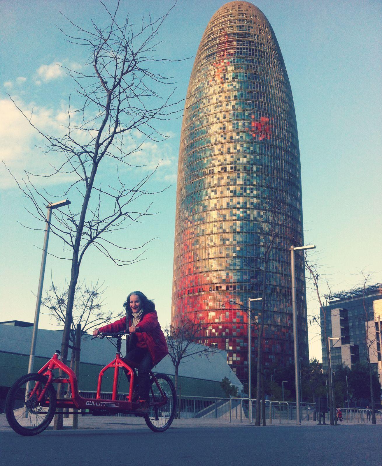Ecocosmopolita, Bullitt y torre Agbar Barcelona