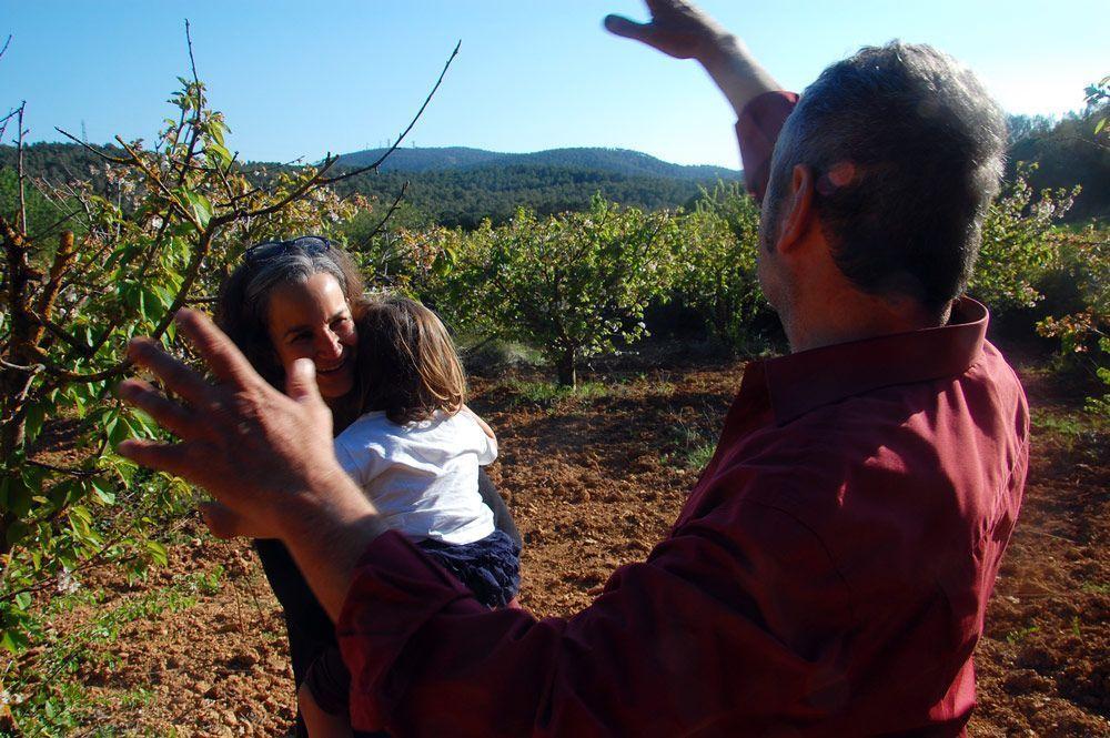Vicens-Apadrina-cirerers-hablaB