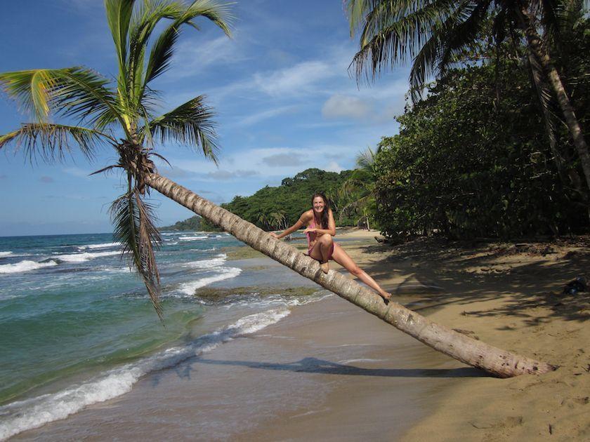 Cristina González, de Cabuya Surf Bikinis