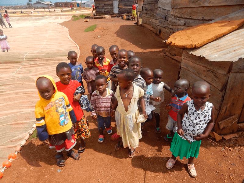 Niños, Kitobo, Uganda