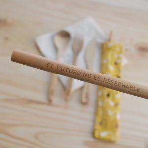 Pajita de bambú el futuro no es desechable